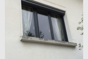 Fenêtre PVC avec volet roulant