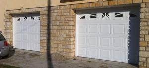 Porte de garage sectionnelle blanche double
