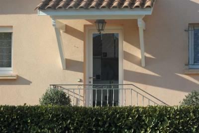 Porte d'entrée vitrée PVC