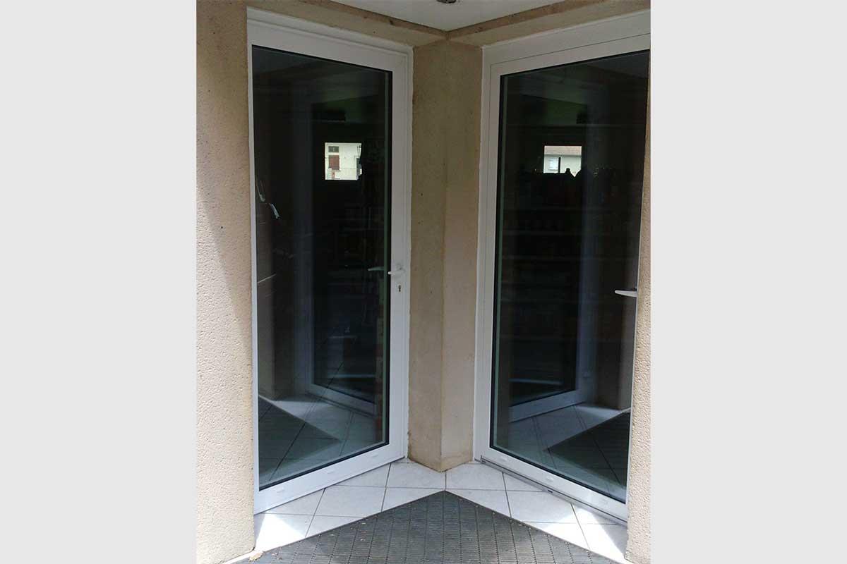 porte d entre vitre alu interesting porte duentre boisalu. Black Bedroom Furniture Sets. Home Design Ideas