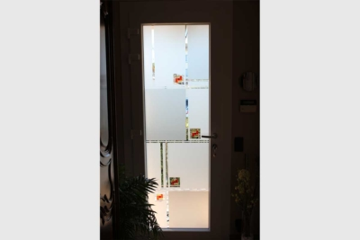 Porte d'entrée vitrée PVC contemporain