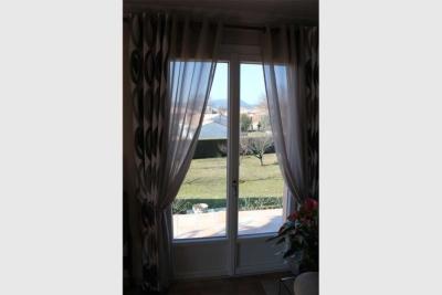 Porte-fenêtre PVC double interieur