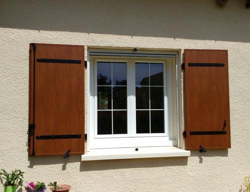 Fenêtre PVC blanc avec petits bois incorporés