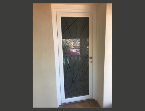 Porte d'entrée en PVC blanc avec vitrage Verrissima