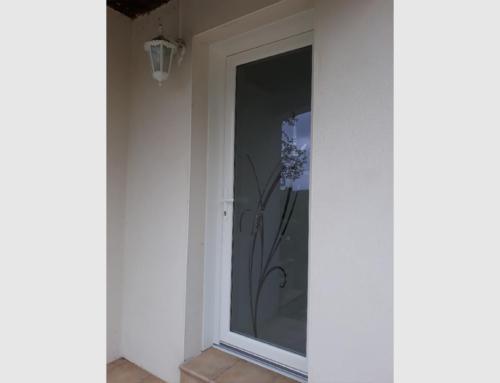 Porte d'entrée PVC avec vitrage verrissima