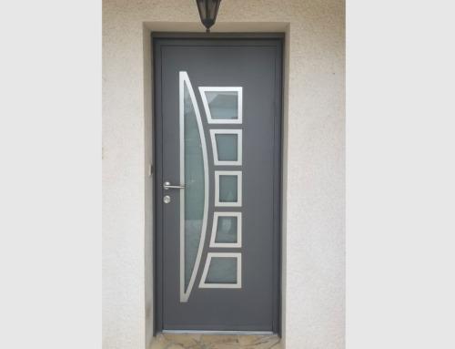 Porte entrée KLINE coloris gris sablé