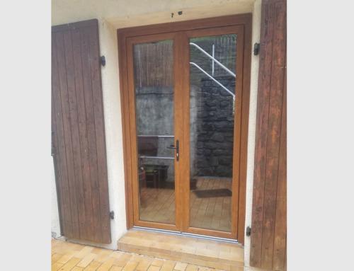 Porte-fenêtre PVC imitation bois
